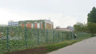 Rekonstrukce polyfunkčního objektu v Měšicích u Prahy, 2014, CZ