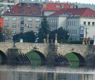 The Písek daily about our concept of Písek banks of river Otava - Between bridges gonna be a new promenade! 04/2014, CZ