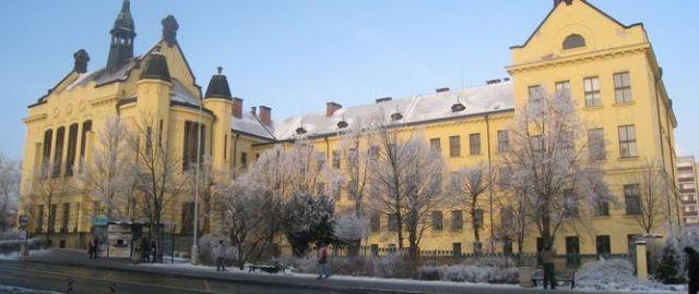 Atelier Vltava zpracuje projekt na revitalizaci a rekonstrukci náměstí Ed. Beneše před okr. soudem v Kladně, Kladno, 12/2015, CZ